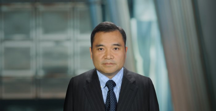 Dr. Jibao He