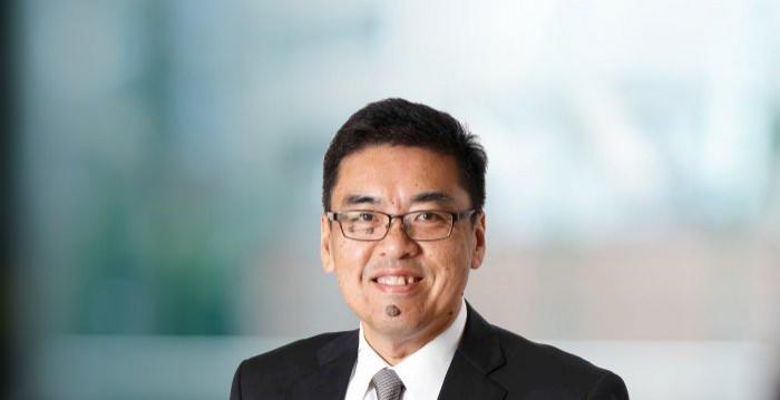 Dr. Jeffrey Jaensubhakij